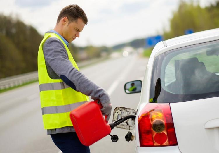 roadside-assistance-gas-delivery